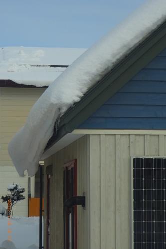 三角屋根1月の雪 (1).JPG